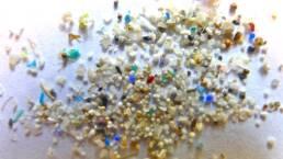 Microplastiche nei nostri vestiti? 10 consigli per il consumatore consapevole